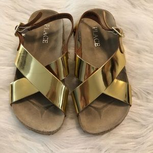 Little girls size 9 gold sandals